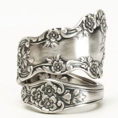 Buttercup Flower Ring Sterling Silver Spoon Ring Chunky Flower Ring Antique Gorham Buttercup Gift for Her Ring Size 7 8 9 10 11 Radiant Cut Engagement Rings, Vintage Engagement Rings, Solitaire Engagement, Gold Bands, Diamond Wedding Bands, Wedding Rings, Sterling Silver Rings, Silver Jewelry, Diamond Jewelry