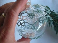 Xmas bauble pattern