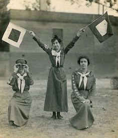 """edwardian-time-machine: """" Girl Scouts practice their semaphore skills circa Source """" Vintage Photographs, Vintage Photos, Scout Uniform, Old Photography, Thinking Day, Vintage Girls, Vintage Dress, Vintage Style, Girl Guides"""