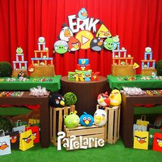 Angry Birds Birthday Party Ideas | Photo 10 of 17 | Catch My Party Cumpleaños Angry Birds, Festa Angry Birds, Turtle Birthday Parties, Ninja Turtle Birthday, Leo Birthday, Birthday Ideas, Birthday Party Decorations, Party Themes, Party Ideas