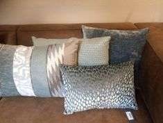 Kussens Claudi | Kussens Plaids | Casa Cosi Wonen Bed Pillows, Master Bedroom, Pillow Cases, Home, Future, Living Room, Pillows, Master Suite, Future Tense