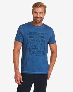T-Shirt    Im Fokus des Designs steht hier das einzigartige Färbeverfahren, das einen besonders lässigen Look entstehen lässt. Der maritime Frontprint ergänzt das Gesamtbild dabei passend. Zudem liegt das ARQUEONAUTAS T-Shirt angenehm auf der Haut und bietet beste Trageeigenschaften dank der Verarbeitung aus reiner Baumwolle. Aus 100% Baumwolle....