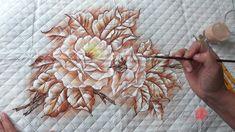 Rosas Monocromáticas em Tecido (Aula 63)