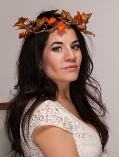 www.bouquetchicunique.co.uk Falls/autumnal themed wedding. Flower crowns, oranges, reds, berries.