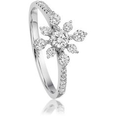 Astley Clarke Diamonds Snowflake Ring ($2,150) ❤ liked on Polyvore featuring jewelry, rings, jóias, white gold heart jewelry, heart ring, astley clarke, white gold heart shaped rings e heart jewelry