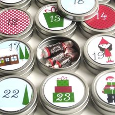 Reusable 25-day countdown to Christmas Advent Calendar - Presents