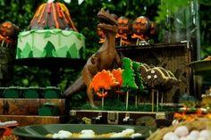 festinha-parque-dos-dinossauros-decoracao-festas-da-ju-03