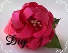 Flor de fita de cetim DIY  Flower satin ribbon DIY