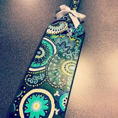 Specialty paddle inspired by the designs of vera bradley. Detailed paisley and intricate designs cover this paddle! Colors and designs can be https://www.etsy.com/shop/KraftsbyKristie?ref=pr_shop_more