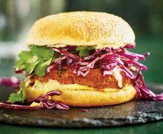 Burger zčervené čočky   Recepty Albert Pulled Pork, Salmon Burgers, Hamburger, Good Food, Lunch, Vegan, Dinner, Ethnic Recipes, Gluten Free