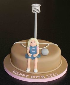 wow a netball cake! devotion to the game! #netball