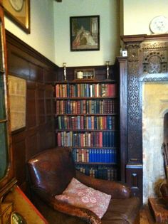 Library at Rudyard Kipling's house Batemans. It is a far more beautiful room in real life. Reading Room Decor, Living Area, Living Spaces, Library Architecture, Under Stairs Cupboard, Cottage In The Woods, Space Interiors, Home Libraries, If Rudyard Kipling