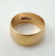 18K Yellow GOLD Ring 8.9mm Wide Wedding Cigar by JellyBellyJewels