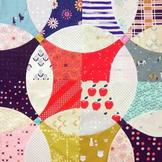 This flowering snowball quilt pattern is fat quarter friendly and makes a great introduction to curved piecing.