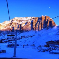 #ski #fun and beautiful #mountains on the #Alps ! Canazei