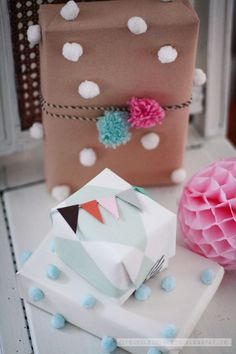 Love the little bunting topper | frl. klein