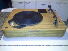 Turntable Eletro Acústica Plinth by Trumpet Projetos
