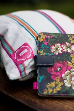 This is so pretty.... It's definitely on my #joules #wishlist