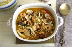 This seafood recipe with white beans is a traditional dish of the Portuguese coast. It's quite rich, tasty and has excellent presentation. It's ideal for...