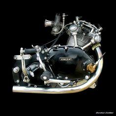 No 73: CLASSIC VINCENT COMET ENGINE - 500cc, by Gordon Calder