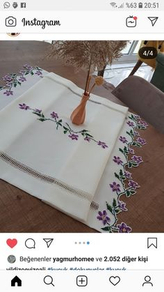 Table Runners, Embroidery, Tote Bag, Instagram, Crochet Round, Kites, Hairstyle Man, Needlepoint, Totes
