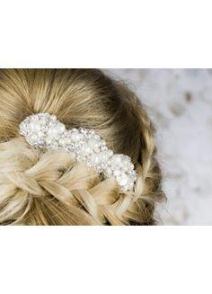 Deze haarspeld is verkrijgbaar op www.weddingworld.nl