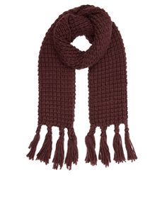 This chunky-knit scarf will keep you warm and toasty on extra-chilly days. Designed with tasselled trims, this exceptionally cosy piece is a must-have for cold weather wardrobes.