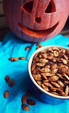 Roasted Cinnamon Pumpkin Seeds - A Healthy Holiday Treat!