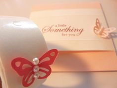 88.100均色画用紙でちょうちょのfor youカード(帯つき)   簡単手作りカード Chocolate Card Factory Pearl Earrings, Pearls, Crafts, Pearl Studs, Manualidades, Beads, Handmade Crafts, Bead Earrings, Craft