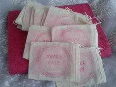 Our baby shower favors are amazingly beautiful and brings the focus back to moms. Baby Shower Hostess Gifts, Baby Shower Favors, Muslin Bags, Game Ideas, Mother And Baby, Thoughtful Gifts, Babyshower, Party Favors, New Baby Products