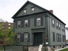 Stay the night in the Lizzie Borden House Bed and Breakfast, Fall River, Massachusetts Exterior Paint Colors, Exterior House Colors, Paint Colors For Home, Gray Exterior, Exterior Houses, House Exteriors, Paint Colours, Breakfast Hotel, Bed And Breakfast