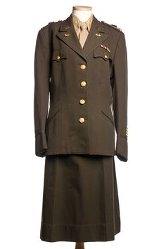 Army Nurses Corps uniform, World War II in Charleston Museum, via Flickr.