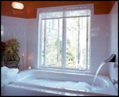 Loved this Bathtub at the Sourwood Inn Bed and Breakfast.
