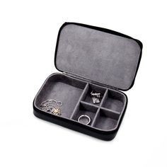Checkout our Leather Multi Compartment Jewelry Box With Zippered Closure featuring zipper closure, soft velour lined, multi compartments. It is the best option to carry your jewellery collection. Men's Jewelry Rings, Jewellery Boxes, Jewelry Case, Jewellery Storage, Jewelry Box, Mens Gold Jewelry, Leather Jewelry, Mens Gift Sets, Personalized Jewelry