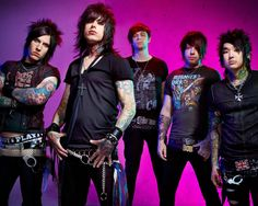 Fans are reporting that Ronnie Radke of Falling in Reverse has been arrested again. He supposedly threw four mic stands into the crowd at the band's recent show at Six Flags in New Jersey and split op...