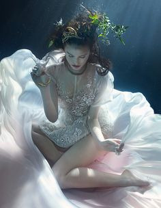 Underwater shoot: dream weavers - Style - How To Spend It