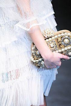 skaodi:  Dolce & Gabbana Fall 2012 details.