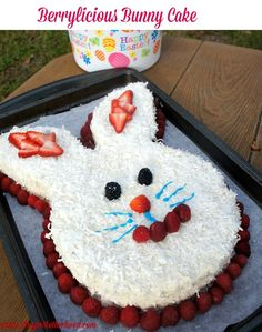 Berrylicious Bunny Cake- This clever bunny cake is perfect for your easter gathering! Strawberry Frosting, Vegetarian Cake, Holiday Fun, Holiday Ideas, Holiday Desserts, Easter Eggs, Easter Food, Easter Holidays, Easter Dinner