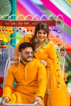 Take Inspo From These Couples Who Colour-Coordinated Like A Pro Bride And Son, Wedding Outfits For Groom, Sister Photography, Weak In The Knees, Wedding Planning Websites, Best Wedding Photographers, Saree Styles, Couple Posing, Plan Your Wedding