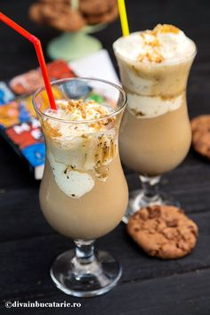 NESS CAFFEE FRAPPE CU CARAMEL | Diva in bucatarie Sweets Recipes, Coffee Recipes, Fun Deserts, Tasty, Yummy Food, Health Snacks, Cooking Time, Milkshake, Food And Drink