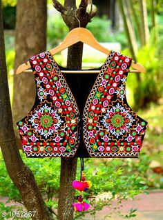 Ethnic Jackets & Shrugs Gorgeous Cotton Kutchi Work Ethnic Jacket  *Fabric* Cotton  *Sleeves* Sleeves Are Not Included  *Size* S- 36 in, M- 38 in, L- 40 in  *Length* Up To 22 in  *Type* Stitched  *Description* It Has 1 Piece Of Women's Ethnic Jacket  *Work* Kutchi Work  *Sizes Available* S, M, L *   Catalog Rating: ★4.1 (889)  Catalog Name: Hrishita Gorgeous Cotton Kutchi Work Ethnic Jackets Vol 6 CatalogID_129052 C74-SC1008 Code: 483-1057867-