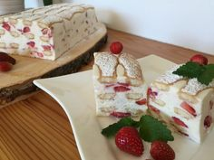 Backen mit Christina … | Erdbeer – Topfen – Tiramisu … No Bake Cake, Dairy, Pudding, Sweets, Cheese, Baking, Desserts, Food, Gelatine