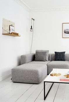 'Minimal Interior Design Inspiration' is a weekly showcase of some of the most perfectly minimal interior design examples that we've found around the web - all Interior Design Examples, Interior Design Inspiration, Interior Design Living Room, Living Room Designs, Living Room Grey, Living Room Sofa, Appartement Design, Living Room Shelves, Living Room Inspiration