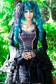 #looks like ceil from Black Butler