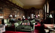 This is the sort of library that Lord Peter Wimsey would have been at ease in.
