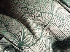 Pavo Textiles, Etini Holly