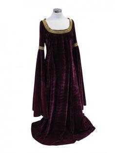 Medieval & Renaissance Clothing   Costume Reference: 00002233 Ladies Medieval Renaissance Costume And ...