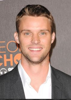 Jesse Spencer, my only reason for still watching House ;)