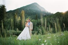 E- Engagement shoot in the mountains and aspen trees...