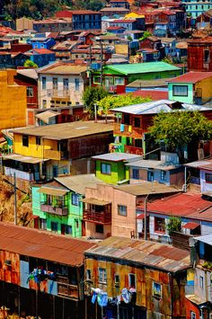 https://flic.kr/p/6DLjCG | Valparaiso, Chile | The colors on the houses in Valparaiso are incredible. The oversaturated houses seem to be stacked on top of each other all the way to the ocean.